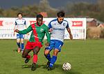 2017-11-05 / Voetbal / seizoen 2017 -2018 / KFCM Hallaar - K.Puurs EXC RSK / Samuel Peeters (l.FCM Hallaar) met Adel Imad Ouriagli  ,Foto: Mpics.be