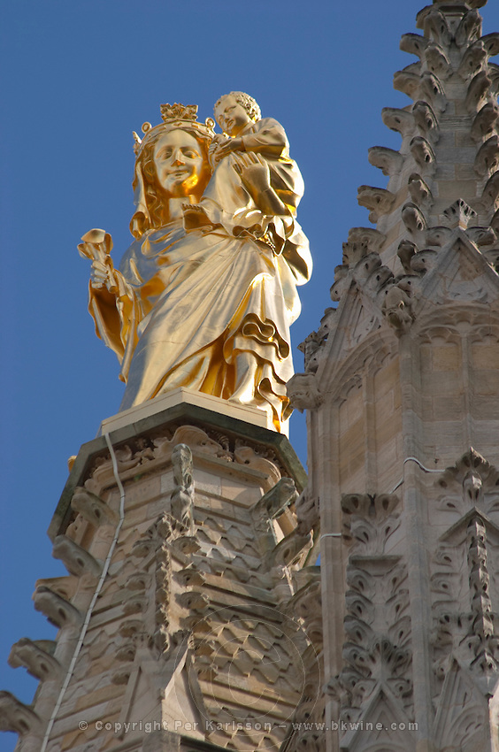 Cathedral Saint Andre. Tour Pey Berland with gold statue of madonna and child. Bordeaux city, Aquitaine, Gironde, France