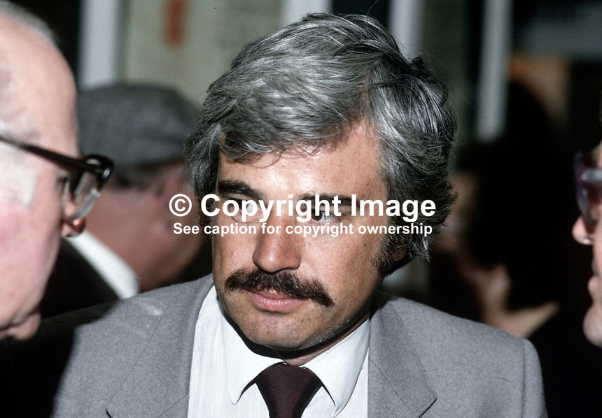 Larry Whitty, general secretary, Labour Party, UK, annual conference, 19850901LW4..Copyright Image from Victor Patterson, 54 Dorchester Park, Belfast, UK, BT9 6RJ..Tel: +44 28 9066 1296.Mob: +44 7802 353836.Voicemail +44 20 8816 7153.Skype: victorpattersonbelfast.Email: victorpatterson@me.com.Email: victorpatterson@ireland.com (back-up)..IMPORTANT: If you wish to use this image or any other of my images please go to www.victorpatterson.com and click on the Terms & Conditions. Then contact me by email or phone with the reference number(s) of the image(s) concerned.