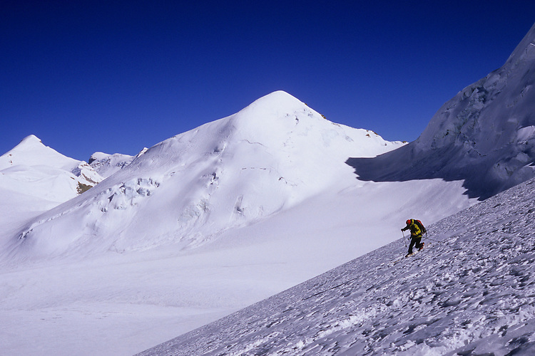 Mathieu Berlioz telemarking the slopes under Chhib Himal, Damodar Himal, Nepal, 2008