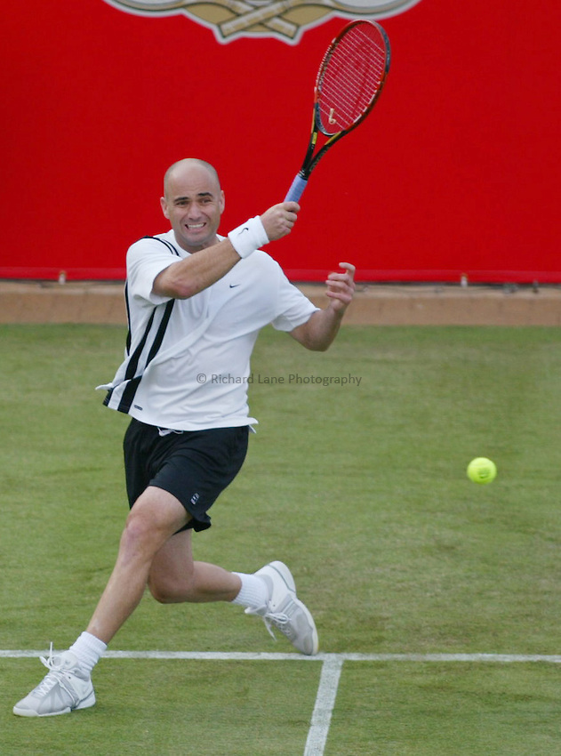 Photograph: Scott Heavey..Day 2 of the Stella Artois Championship at the Queens Club. 10/06/2003..Andre Agassi