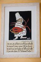 """Europe/France/Provence-Alpes-Côte d'Azur/13/Bouches-du-Rhône/Marseille:  restaurant """"Chez Fonfon"""" au Port du Vallon des Auffes détail décoration ,tableau chef et langouste"""
