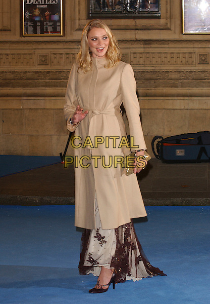 "JODIE KIDD.""The Chronicles of Narnia- The Lion, The Witch and the Wardrobe"".World film premiere, Royal Abert Hall.London England 7 December 2005.Ref: FIN.full length beige coat.www.capitalpictures.com.sales@capitalpictures.com.©Steve Finn/Capital Pictures"