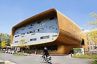 Groningen. Faculteit Medische Wetenschappen van de Rijksuniversiteit Groningen. Het gebouw is een ontwerp van Architectenbureau Rau