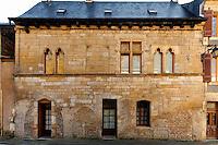 Éléments d'architecture et d'urbanisme de Montignac