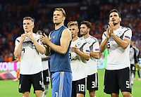 Frust bei Matthias Ginter (Deutschland Germany), Torwart Manuel Neuer (Deutschland Germany), Joshua Kimmich (Deutschland, Germany), Jonas Hector (Deutschland Germany), Mats Hummels (Deutschland Germany) nach der Niederlage - 13.10.2018: Niederlande vs. Deutschland, 3. Spieltag UEFA Nations League, Johann Cruijff Arena Amsterdam, DISCLAIMER: DFB regulations prohibit any use of photographs as image sequences and/or quasi-video.