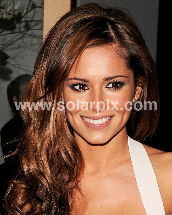 **ALL ROUND PICTURES FROM SOLARPIX.COM**.**WORLDWIDE SYNDICATION RIGHTS**.Cheryl Cole leaves Nobu Restaurant in Berkley Street. London after a meal with Girls Aloud band mate Nicola Roberts..JOB REF:  6141   SSD     DATE: 14.04.08.**MUST CREDIT SOLARPIX.COM OR DOUBLE FEE WILL BE CHARGED* *UNDER NO CIRCUMSTANCES IS THIS IMAGE TO BE REPRODUCED FOR ANY ONLINE EDITION WITHOUT PRIOR PERMISSION*