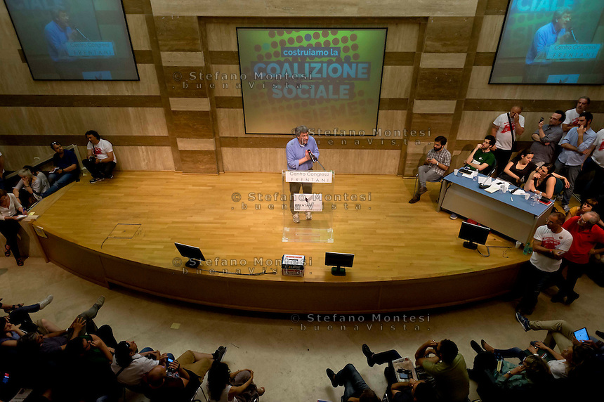 Roma, 7 Giugno 2015<br /> Secondo giorno della convention al Centro congresso Frentani della &quot;Coalizione sociale&quot;. Il segretario della Fiom  Maurizo Landini ha presentato le linee guida del suo nuovo movimento.<br /> Rome, June 7, 2015<br /> Second day of the convention at the Center Congress Frentani of &quot;Social Coalition&quot;. The secretary of Fiom Maurizio Landini presented the guidelines of its new movement.