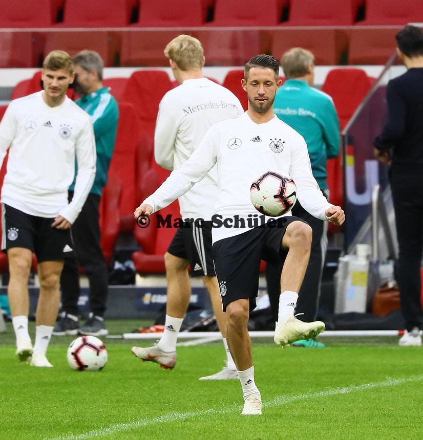 Mark Uth (Deutschland Germany) - 12.10.2018: Abschlusstraining der Deutschen Nationalmannschaft vor dem UEFA Nations League Spiel gegen die Niederlande