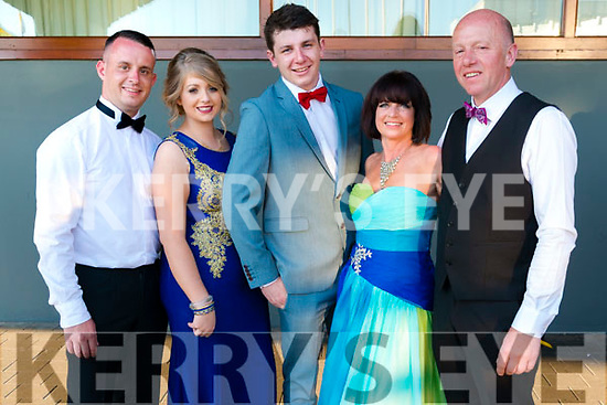 Musical Society Awards Night Gala Dinner in the Gleneagle Hotel, Killarney last Saturday. Pictured are l-r Emmet Donlan, Trish Fleming, Ben Cooney, Breda H Butler and Jim Kennedy from Ck-On-Suir Musical Society, Co. Tipperary.