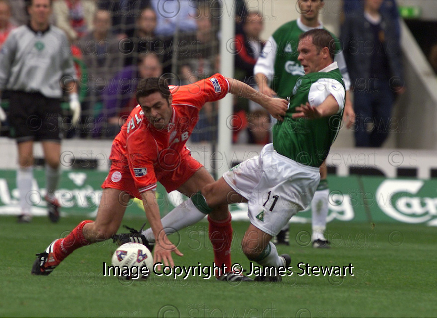 12/08/2001          Copyright Pic : James Stewart .Ref : 673N9297                          .File Name : stewart11-hibs v aberdeen.JAMIE MCALLISTER KNOCKS JOHN O'NEILL OFF THE BALL....James Stewart Photo Agency, Stewart House, Stewart Road, Falkirk. FK2 7AS      Vat Reg No. 607 6932 25.Office : +44 (0)1324 630007     Mobile : + 44 (0)7721 416997.Fax     :  +44 (0)1324 630007.E-mail : jim@jspa.co.uk.If you require further information then contact Jim Stewart on any of the numbers above.........