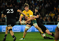 Michael Hooper looks for support during the Rugby Championship and Bledisloe Cup rugby match between the New Zealand All Blacks and Australia Wallabies at Forsyth Barr Stadium in Dunedin, New Zealand on Saturday, 26 August 2017. Photo: Dave Lintott / lintottphoto.co.nz