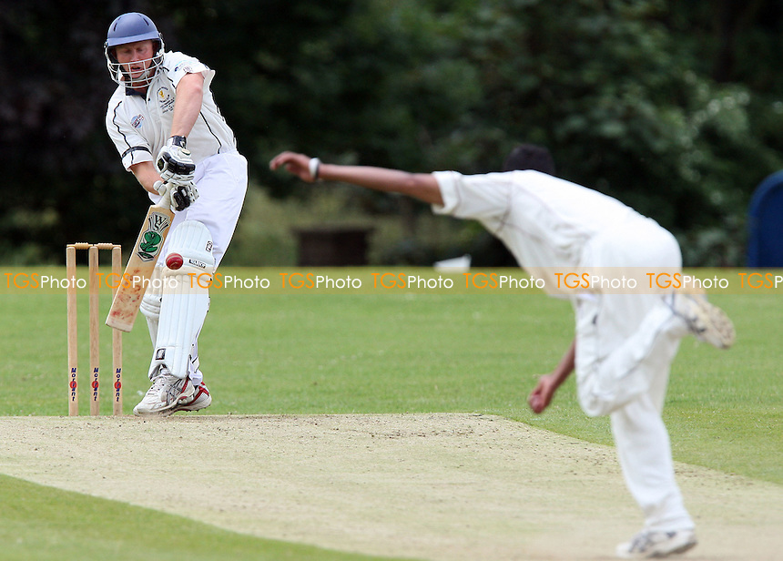 Roy Smith of Ardleigh Green faces a Jahid Ahmed delivery - Ardleigh Green CC vs Brentwood CC - Essex Cricket League - 13/06/09 - MANDATORY CREDIT: Gavin Ellis/TGSPHOTO - Self billing applies where appropriate - 0845 094 6026 - contact@tgsphoto.co.uk - NO UNPAID USE.
