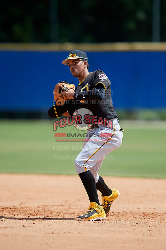 Pittsburgh Pirates shortstop Adrian Valerio (29) throws to first base during a Florida Instructional League game against the Toronto Blue Jays on September 20, 2018 at the Englebert Complex in Dunedin, Florida.  (Mike Janes/Four Seam Images)