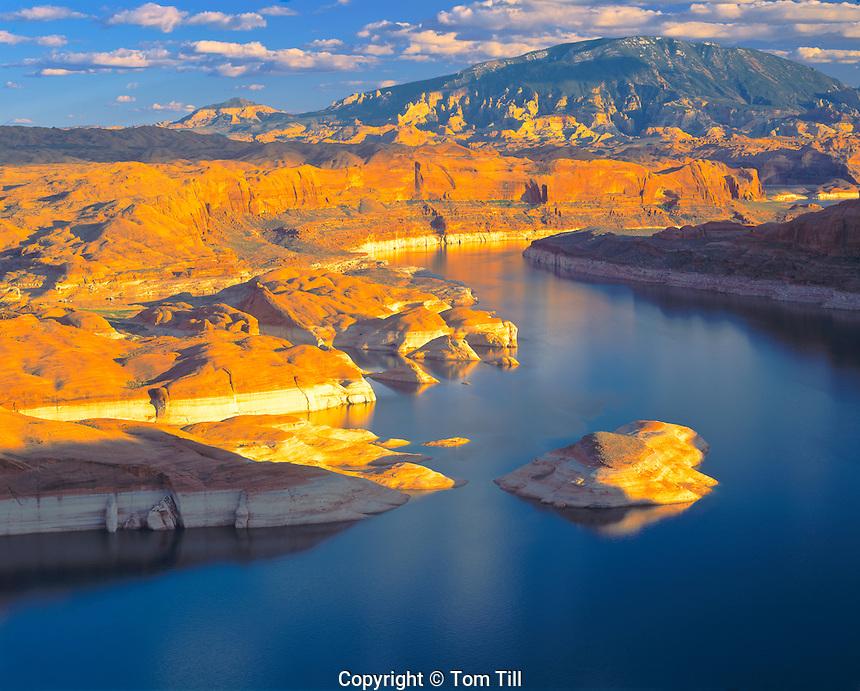 Lake Powell & Navajo Mountain, Glen Canyon National Recreation Area, Utah / Arizona