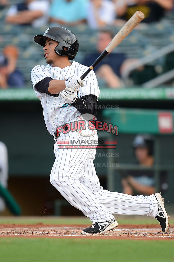 Jupiter Hammerheads second baseman Alfredo Lopez (2) during a game against the Tampa Yankees on July 17, 2013 at Roger Dean Stadium in Jupiter, Florida.  Jupiter defeated Tampa 4-3.  (Mike Janes/Four Seam Images)
