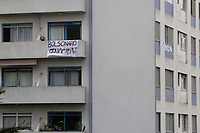 09/06/2020 - MORADOR PROTESTA CONTRA BOLSONARO