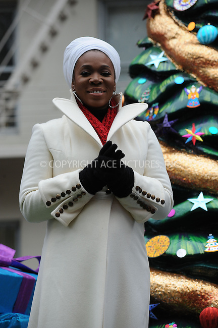 WWW.ACEPIXS.COM . . . . . ....November 25 2010, New York City....Singer India Arie at the 84th annual Macy's Thanksgiving Parade on November 25 2010 in New York City....Please byline: KRISTIN CALLAHAN - ACEPIXS.COM.. . . . . . ..Ace Pictures, Inc:  ..(212) 243-8787 or (646) 679 0430..e-mail: picturedesk@acepixs.com..web: http://www.acepixs.com