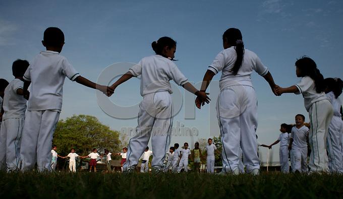 Comunidad infantil en Quifa Norte, Meta, Colombia