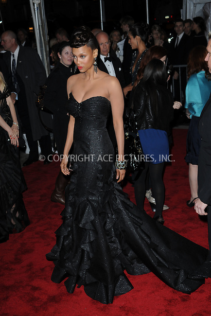 WWW.ACEPIXS.COM . . . . . ....May 4 2009, New York City....Tyra Banks arriving at 'The Model as Muse: Embodying Fashion' Costume Institute Gala at The Metropolitan Museum of Art on May 4, 2009 in New York City....Please byline: KRISTIN CALLAHAN - ACEPIXS.COM.. . . . . . ..Ace Pictures, Inc:  ..(212) 243-8787 or (646) 679 0430..e-mail: picturedesk@acepixs.com..web: http://www.acepixs.com