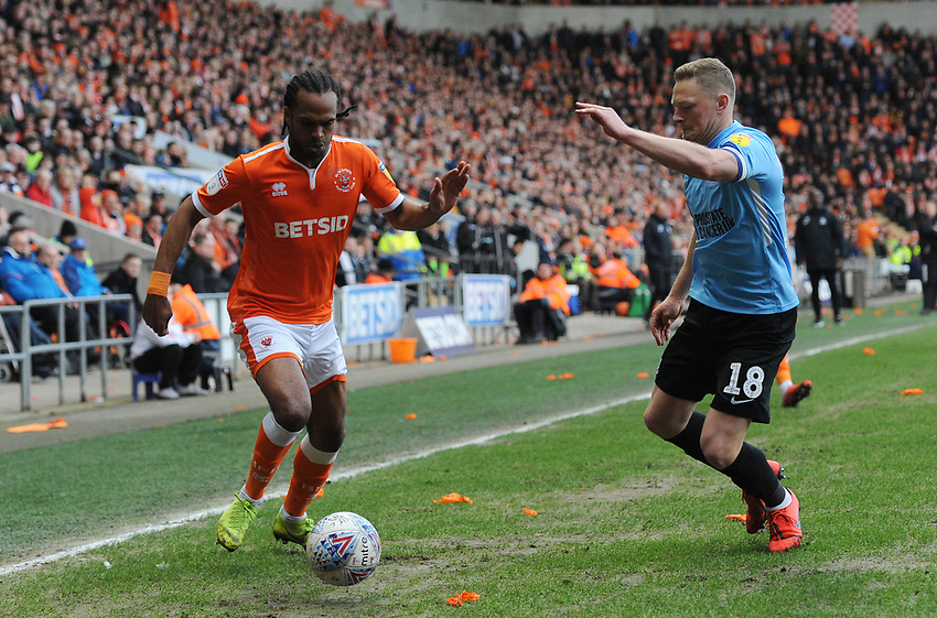 Blackpool's Nathan Delfouneso under pressure from Southend United's Sam Mantom<br /> <br /> Photographer Kevin Barnes/CameraSport<br /> <br /> The EFL Sky Bet League One - Blackpool v Southend United - Saturday 9th March 2019 - Bloomfield Road - Blackpool<br /> <br /> World Copyright © 2019 CameraSport. All rights reserved. 43 Linden Ave. Countesthorpe. Leicester. England. LE8 5PG - Tel: +44 (0) 116 277 4147 - admin@camerasport.com - www.camerasport.com