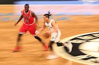 NEW YORK, EUA, 08.04.2017 - BROOKLYN NETS-CHICAGO BULLS -  Jerian Grant do Chicago Bull disputa bola Jeremy Lin com do Brooklyn Nets  no Barcleys Center em New York na noite deste sábado, 08. (Foto: William Volcov/Brazil Photo Press)