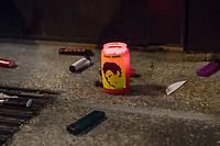Demonstration am Sonntag den 7. Januar 2018 in Dessau anlaesslich des 13. Todestages des Sierra Leoners Oury Jalloh, der am 7. Januar 2005 unter bislang nicht geklaerten Umstaenden in einer Gewahrsamszelle in der Polizeiwache Wolfgangstrasse, bei lebendigem Leib verbrannte. Der damals wachhabende Dienstgruppenleiter wurde 2012 wegen fahrlaessiger Toetung verurteilt.<br /> Im November 2017 wurde bekannt, dass die Staatsanwaltschaft Dessau-Rosslau davon ausgeht, dass eine Selbstentzuendung durch den gefesselten Oury Jalloh unwahrscheinlich sei und stattdessen den Einsatz von Brandbeschleuniger und die Beteiligung Dritter fuer wahrscheinlich haelt. Der Staatsanwaltschaft wurde jedoch das Verfahren entzogen und an die Staatsanwaltschaft Halle uebergeben die im Oktober 2017 das Verfahren einstellte.<br /> An der Demonstration beteiligten sich ca. 3.500 Menschen.<br /> Im Bild: Demonstranten haben eine Grabkerze mit dem Konterfei von Ouri Jalloh vor der Polizeiwache Wolfgangstrasse aufgestellt und daneben Feuerzeuge geworfen. Die Feuerzeuge sollen symbolisieren, dass es dem gefesselten Oury Jalloh nicht moeglich gewesen sein kann sich selber anzuzuenden.<br /> 7.1.2018, Dessau<br /> Copyright: Christian-Ditsch.de<br /> [Inhaltsveraendernde Manipulation des Fotos nur nach ausdruecklicher Genehmigung des Fotografen. Vereinbarungen ueber Abtretung von Persoenlichkeitsrechten/Model Release der abgebildeten Person/Personen liegen nicht vor. NO MODEL RELEASE! Nur fuer Redaktionelle Zwecke. Don't publish without copyright Christian-Ditsch.de, Veroeffentlichung nur mit Fotografennennung, sowie gegen Honorar, MwSt. und Beleg. Konto: I N G - D i B a, IBAN DE58500105175400192269, BIC INGDDEFFXXX, Kontakt: post@christian-ditsch.de<br /> Bei der Bearbeitung der Dateiinformationen darf die Urheberkennzeichnung in den EXIF- und  IPTC-Daten nicht entfernt werden, diese sind in digitalen Medien nach §95c UrhG rechtlich geschuetzt. Der Urhebervermerk wird gemaess §13 UrhG verlangt.]