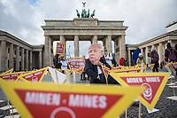 2020/02/18 Politik   Berlin   Protest gegen Landminen