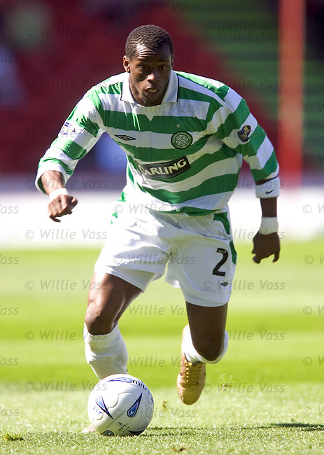 Henri Camara, Celtic.stock season 2004-2005.pic willie vass