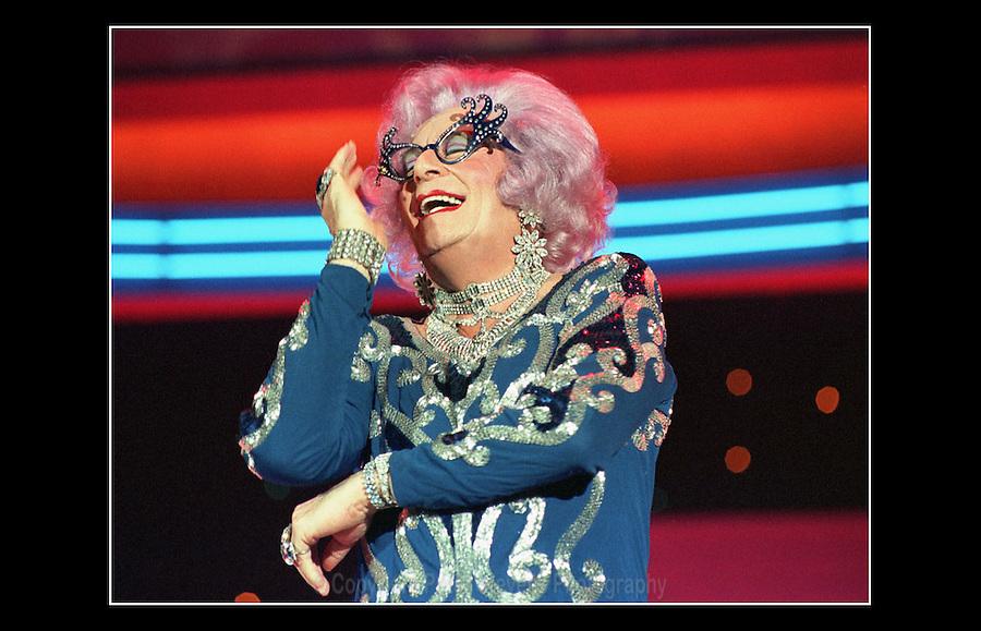 Dame Edna Everage - Wembley Conference Centre - Allied Dunbar - 1992