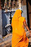 Colourful Saris-Bazaar in Taj Ganj, Agra
