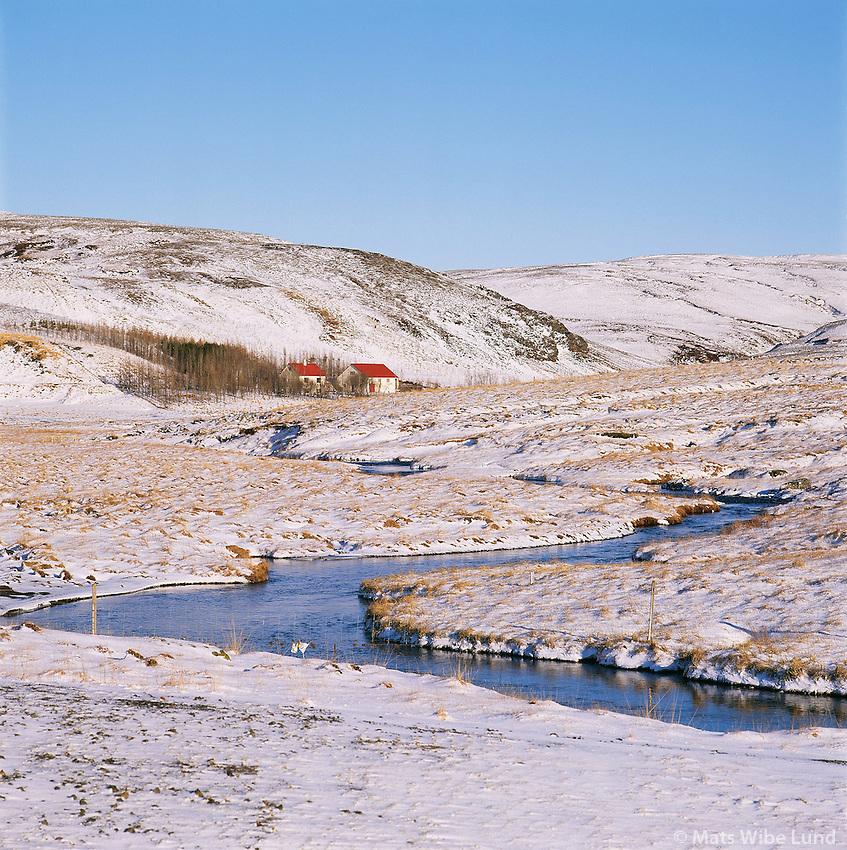 Horft upp að Kaldárhöfðia Grímsneshreppur..Looking towards farm Kaldarhofdi in Grimsneshreppur.