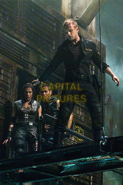 Anje Traue, Cung Lee, Ben Foster.in Pandorum.*Filmstill - Editorial Use Only*.CAP/PLF.Supplied by Capital Pictures.