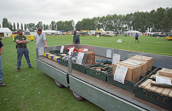 Phil Bashall of Dunsfold Landrovers (DLR) selling rare Land Rover Series 1 spares from a trailer at the 1999 LRO show at Billing Aquadrome, England, UK. --- No releases available. Automotive trademarks are the property of the trademark holder, authorization may be needed for some uses.