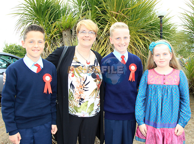 James, Elaine, Aaron and Aimee Smith during confirmation for Donacarney School at Mornington Church on Thursday 21st May 2015.<br /> Picture:  Thos Caffrey / www.newsfile.ie