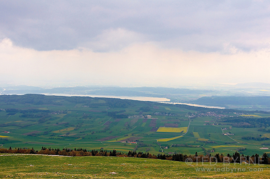View on the Plateau de Diesse from Chasseral under low cloud cover