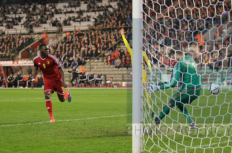 Belgium's Christian Benteke sees his shot saved by Wales' Wayne Hennessey<br /> <br /> - European Qualifier - Belgium vs Wales- Heysel Stadium - Brussels - Belgium - 16th November 2014  - Picture David Klein/Sportimage