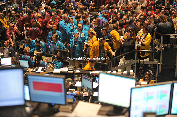 Traders at the CME Group in Chicago, Illinois at opening on October 15, 2008.  Markets dropped at opening after weeks of historic losses and sudden gains, as was evidenced early in the week.