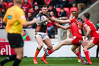 Picture by Alex Whitehead/SWpix.com - 19/03/2017 - Rugby League - Betfred Super League - Salford Red Devils v Castleford Tigers - AJ Bell Stadium, Salford, England - Castleford's Zak Hardaker is tackled by Salford's Kris Welham.