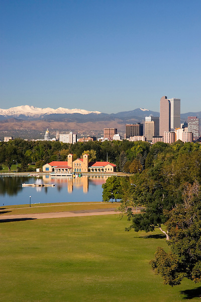 Denver skyline from City Park, Colorado, USA Private photo tours of Denver. John offers private photo tours of Denver, Boulder and Rocky Mountain National Park. .  John offers private photo tours in Denver, Boulder and throughout Colorado. Year-round Colorado photo tours.