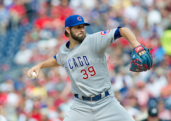 Chicago Cubs starting pitcher Jason Hammel (39) pitches in the first inning against the Washington Nationals at Nationals Park in Washington, D.C. on Wednesday, June 15, 2016.<br /> Credit: Ron Sachs / CNP/MediaPunch ***FOR EDITORIAL USE ONLY***