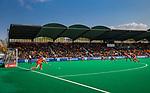 ROTTERDAM -Marloes Keetels (Ned) geeft de strafcorner aan  tijdens de Pro League hockeywedstrijd dames, Netherlands v USA (7-1)  .  COPYRIGHT  KOEN SUYK