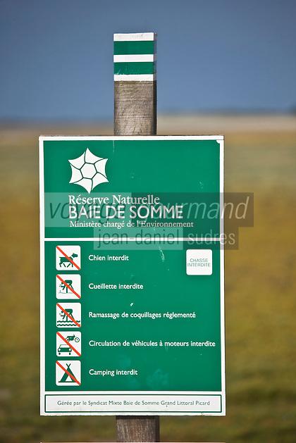 Europe/France/Picardie/80/Somme/Baie de Somme/Le Crotoy: Baie de Somme Panneau de la Réserve Naturelle de Baie de Somme
