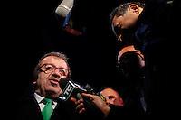 Varese: Roberto Maroni dopo la serata organizzata in un teatro di Varese per siglare la pace con Bossi.