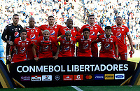 SANTIAGO DE CHILE-CHILE, 10-03-2020: Jugadores de America de Cali posan para una foto antes de partido de la fase de grupos, grupo E, fecha 2, entre Universidad Catolica (CHL) y America de Cali (COL) por la Copa Conmebol Libertadores 2020, en el estadio San Carlos de Apoquindo, de la ciudad Santiago de Chile. / Players of America de Cali, pose for a photo prior a match of the groups phase, group E, 2nd date, between Universidad Catolica (CHL) and America de Cali (COL) for the Conmebol Libertadores Cup 2020, at the San Carlos de Apoquindo in Santiago de Chile. / Photo: VizzorImage / Andres Pina / Photosport / Cont.