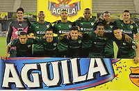 BARRANCABERMEJA- COLOMBIA - 19-08-2016: Los jugadores de La Equidad, posan para una foto, durante partido Alianza Petrolera y La Equidad, por la fecha 9 por la Liga Aguila II 2016 en el estadio Daniel Villa Zapata en la ciudad de Barrancabermeja. / The players La Equidad,  pose for a photo, during a match between Alianza Petrolera and La Equidad, for date 9 of the Liga Aguila II 2016 at the Daniel Villa Zapata stadium in Barrancabermeja city. Photo: VizzorImage  / Jose D Martinez / Cont.
