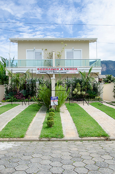 Casas em condomínio de Boracéia, Bertioga - SP, 12/2014.