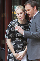 Kelly Rutherford and Barry Watson filming a scene of The CW's &quot;Gossip Girl&quot; in New York City, 17.08.2012. Credit: Rolf Mueller/face to face / Mediapunchinc ***online only for weekly magazines**** /NortePhoto.com<br />