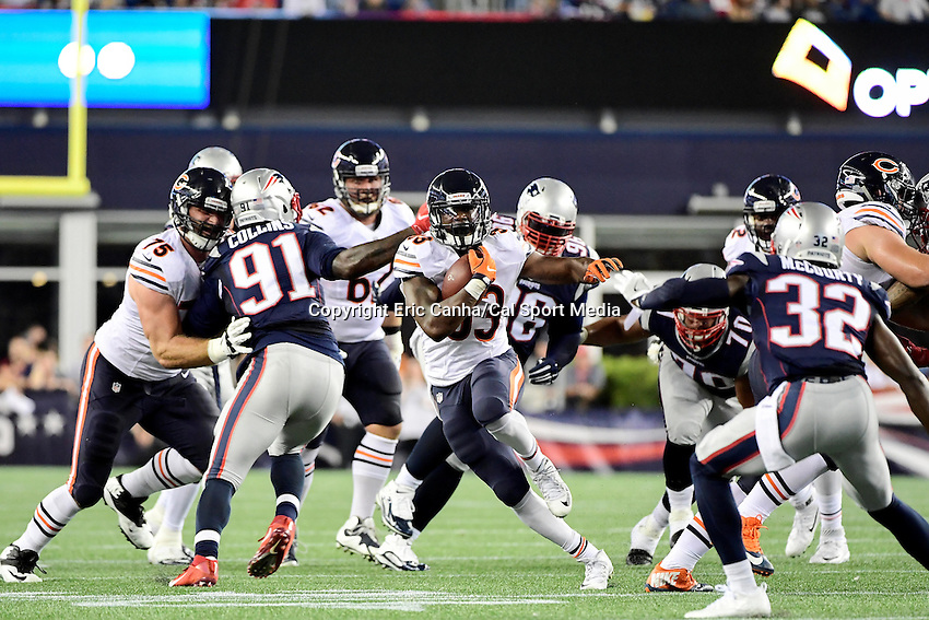 Thursday, August 18 2016: Chicago Bears running back Jeremy Langford (33) runs the ball during a pre-season NFL game between the Chicago Bears and the New England Patriots held at Gillette Stadium in Foxborough Massachusetts. The Patriots defeat the Bears 23-22 in regulation time. Eric Canha/Cal Sport Media