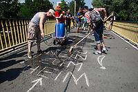 13-07-27 Putzspaziergang in Hellersdorf